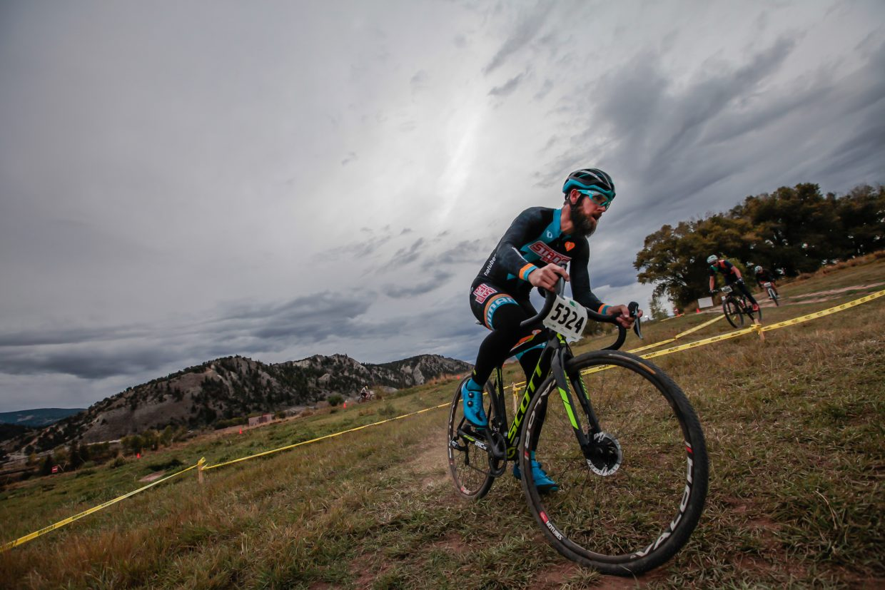 Jake Wells makes one of the u-turn obstacles in the cyclocross race Wednesday, Sept. 27, in Vail. During each race, racers had a certain amount of time to complete as many laps as possible.
