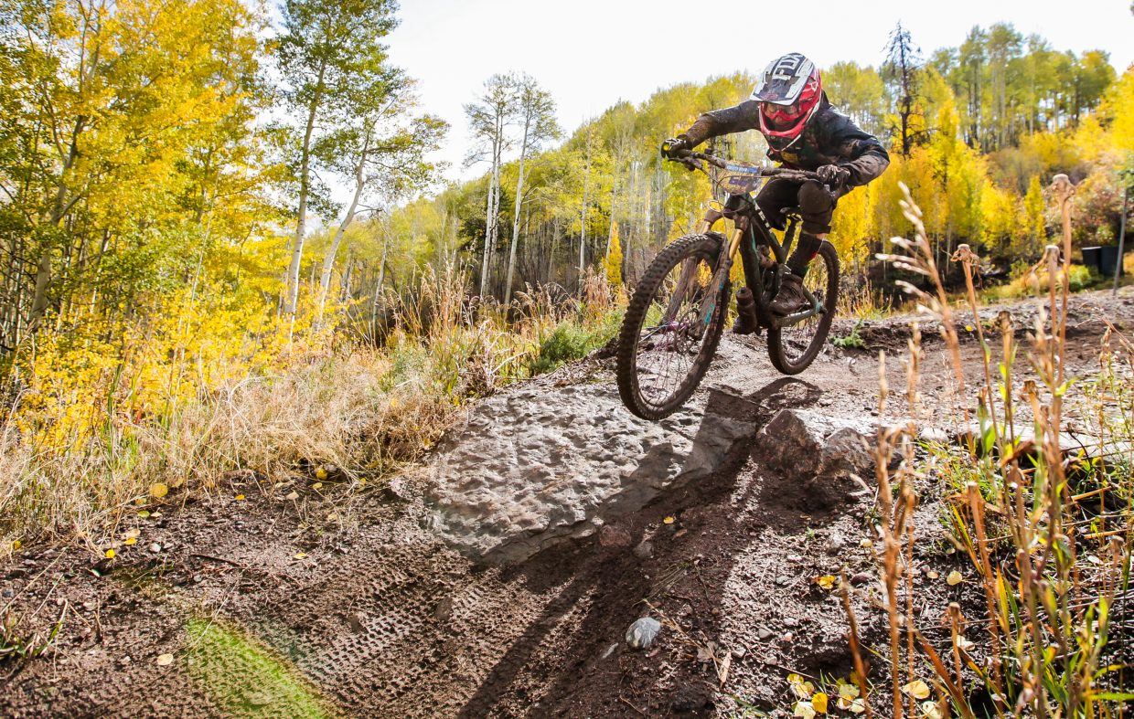 Jamie Landry makes her way down Mane Lane Trail during the  Rockshox Enduro race of the Outlier Offroad Festival Sunday, Oct .1 in Vail.