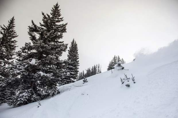 Vail Resorts releases data from the early ski season