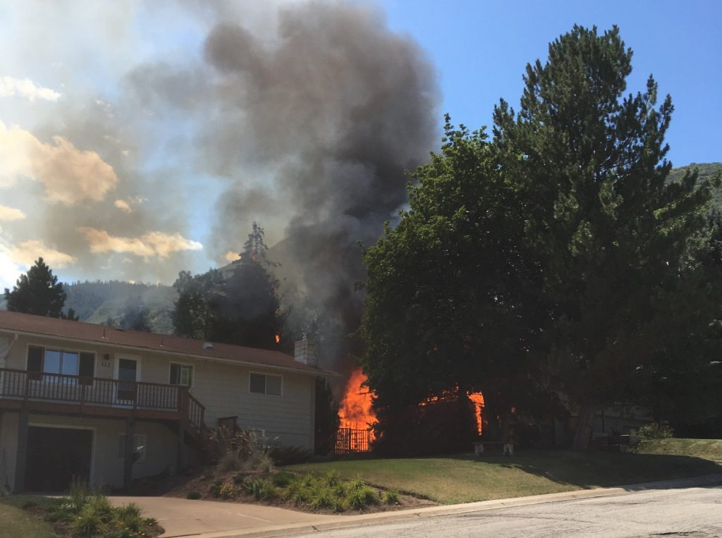 No one injured in Glenwood Springs house fire, cause unclear